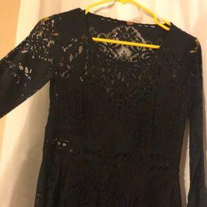 BEAUTIFUL Free People, lace bell sleeve dress!